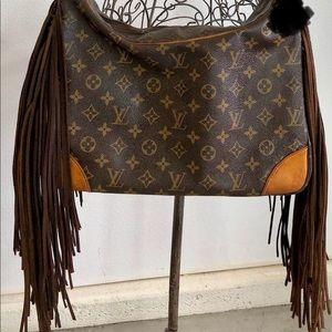 Louis Vuitton Boulogue 30 shoulder bag